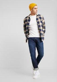 Wrangler - FLAP - Skjorta - dress blue - 1
