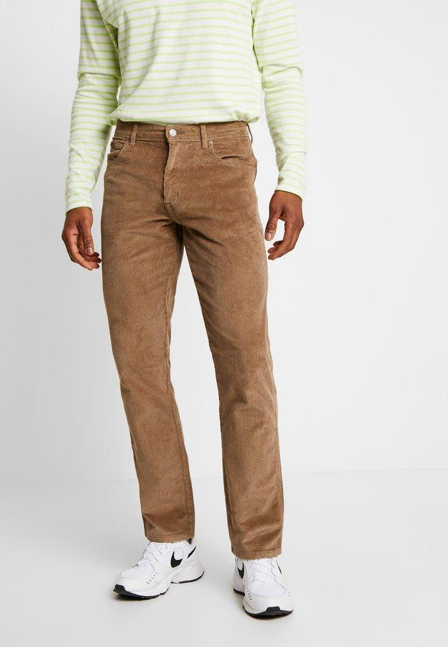 TEXAS - Spodnie materiałowe - biscuit