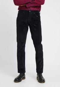 Wrangler - GREENSBORO - Jeans Straight Leg - dark navy - 0