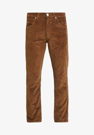GREENSBORO - Jeansy Straight Leg - russet brown