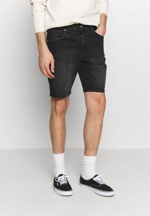 TEXAS FIT - Denim shorts - like a champ