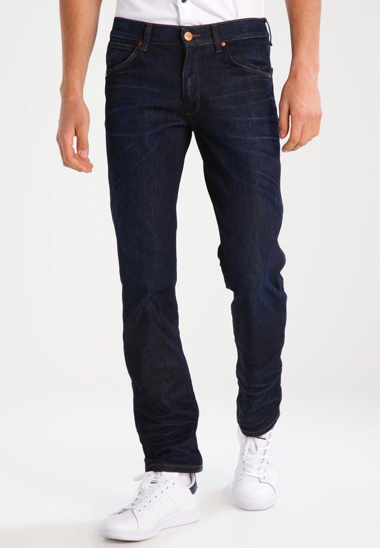 Wrangler - GREENSBORO - Jeans Straight Leg - rinse resin