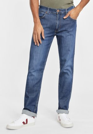 GREENSBORO - Jeans Straight Leg - sirocco blue