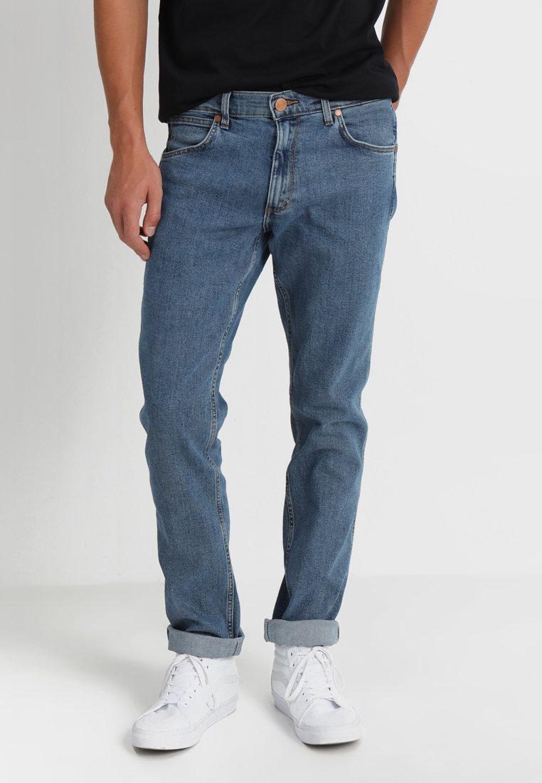 Wrangler - GREENSBORO - Straight leg jeans - midstone