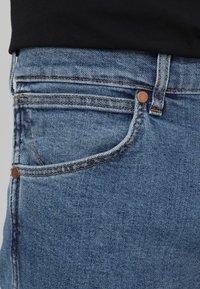 Wrangler - GREENSBORO - Straight leg jeans - midstone - 3