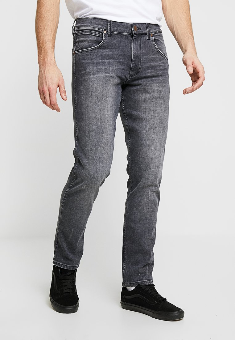 Wrangler - GREENSBORO - Straight leg jeans - black smoke