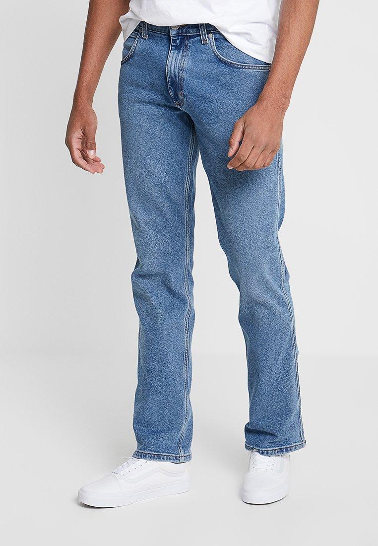 Wrangler - JACKSVILLE - Jeans Bootcut - blue stones