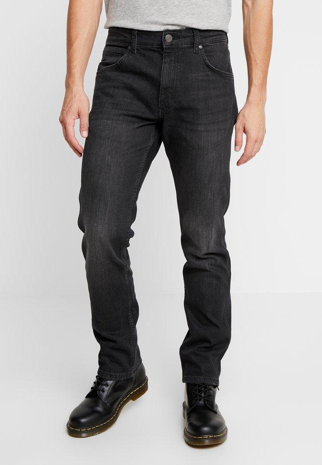 GREENSBORO - Jeansy Straight Leg - black dust