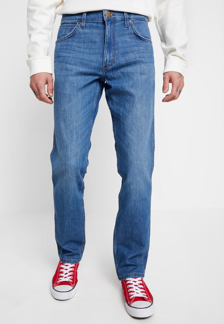 Wrangler - GREENSBORO - Jeans Straight Leg - cool sunrise