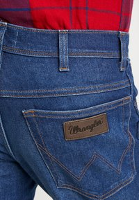 Wrangler - TEXAS - Jeansy Straight Leg - stay warm - 5