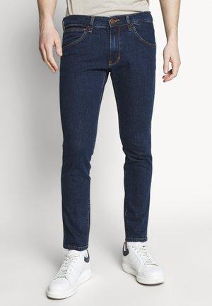 BRYSON - Slim fit jeans - dark-blue denim