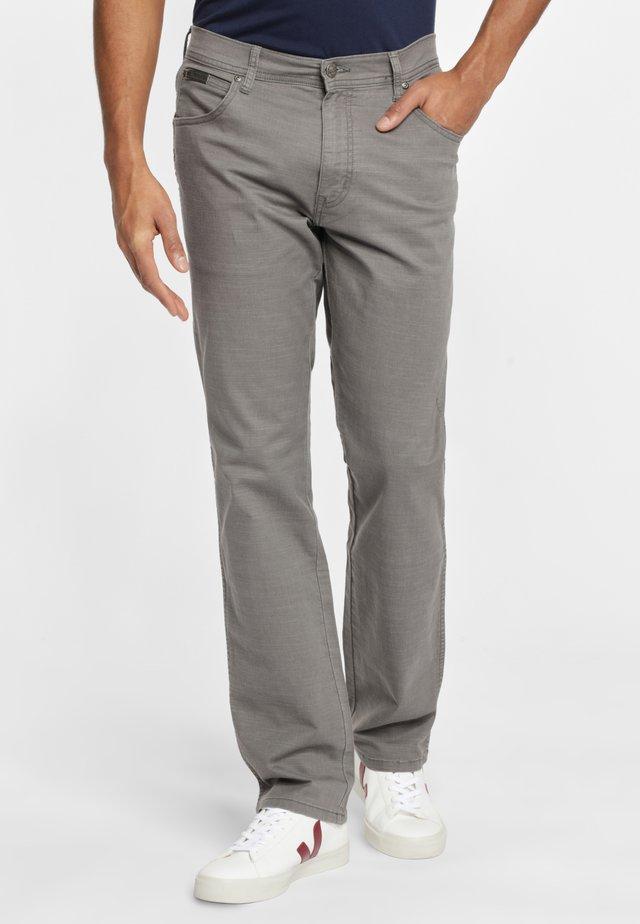 TEXAS - Spodnie materiałowe - grey