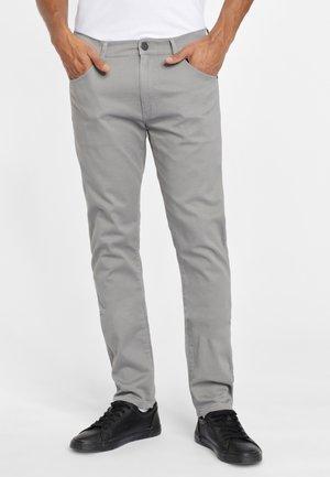 LARSTON - Spodnie materiałowe - shale grey