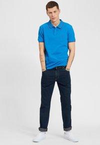 Wrangler - TEXAS - Jeansy Slim Fit - dark blue - 1