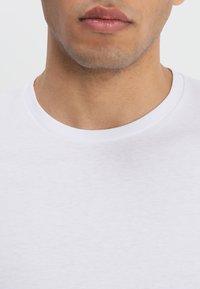 Wrangler - TEE 2 PACK - T-shirt - bas - black - 5