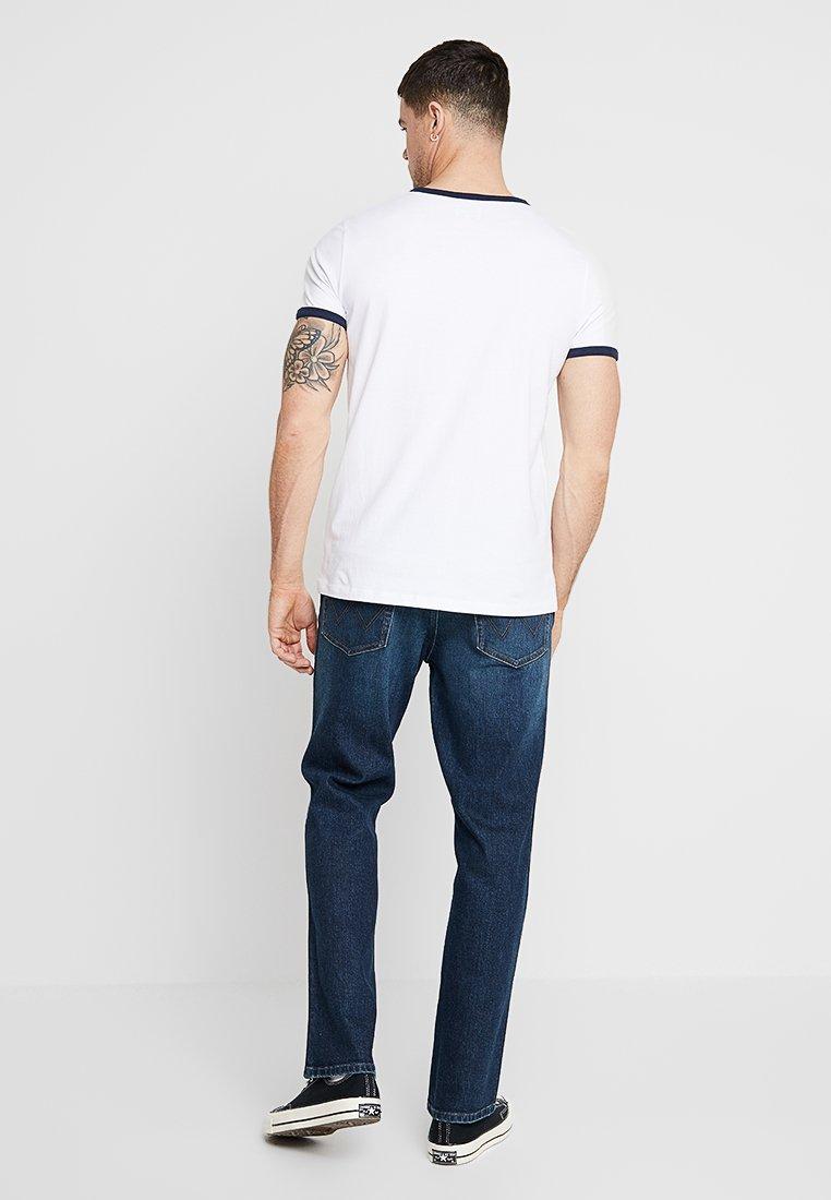 Imprimé shirt Wrangler Kabel White TeeT qzpMVSU