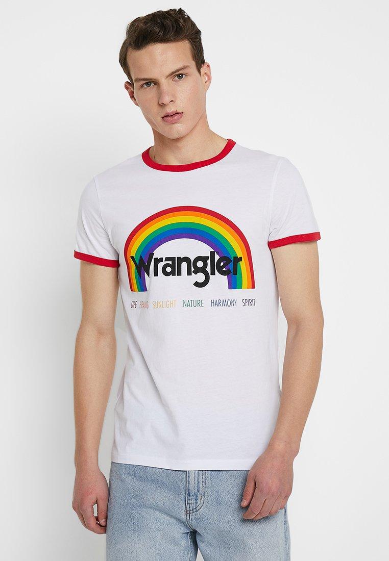 Wrangler - PRIDE TEE - T-shirt med print - white