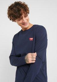 Wrangler - SIGN OFF TEE - Bluzka z długim rękawem - navy - 3
