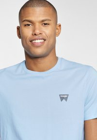 Wrangler - SIGN OFF  - T-shirt basic - cerulean blue - 3