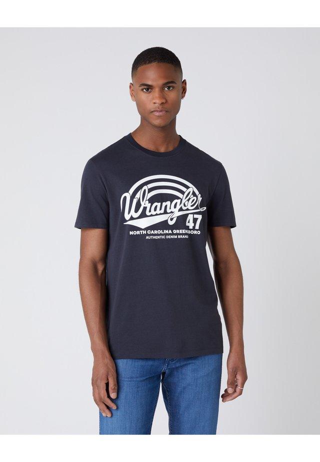 AMERICANA  - T-shirt z nadrukiem - blue graphite