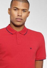 Wrangler - Koszulka polo - red - 3