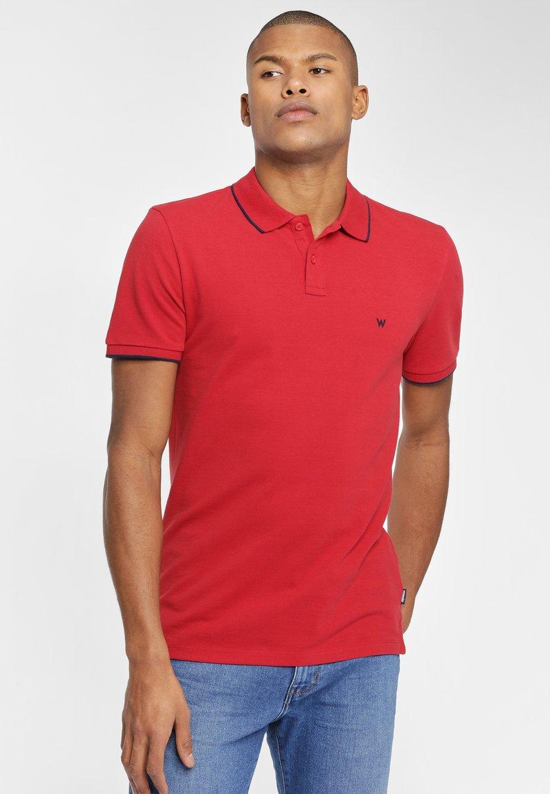 Wrangler - Koszulka polo - red