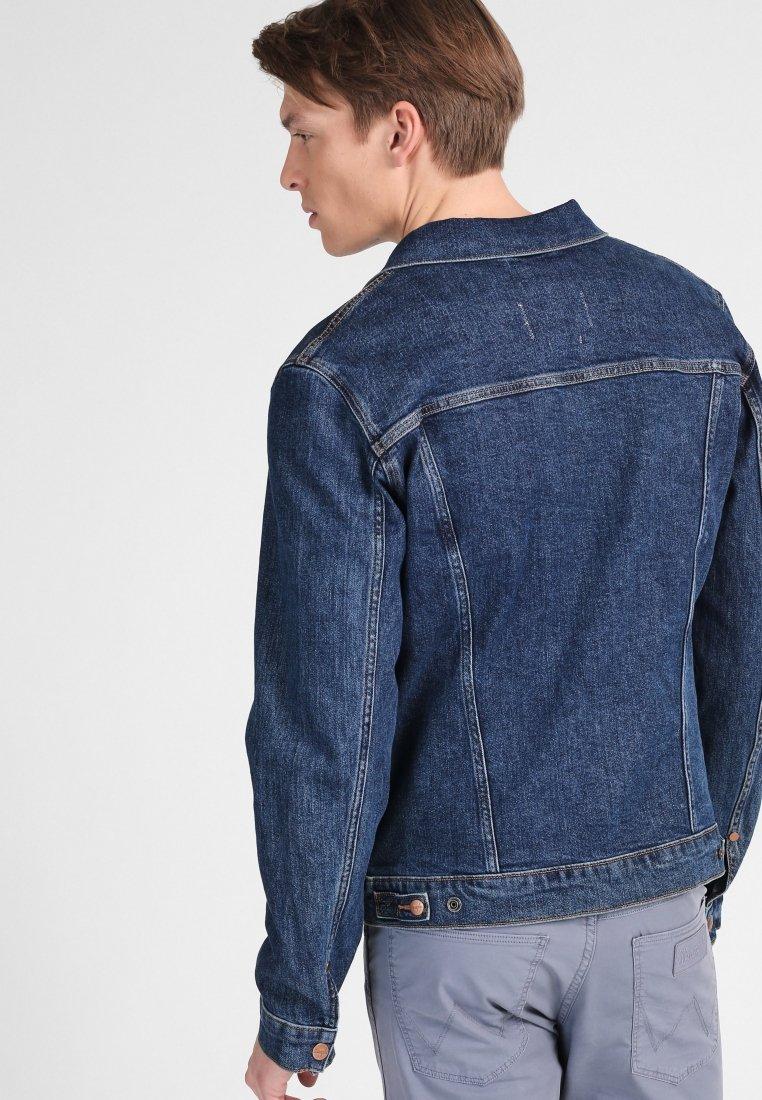 Wrangler SHERPA Veste en jean blue denim ZALANDO.FR
