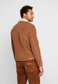 Wrangler - JACKET - Jas - russet brown - 2
