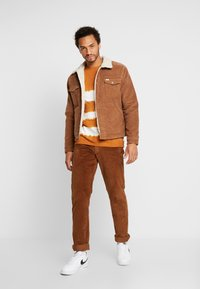 Wrangler - JACKET - Jas - russet brown - 1