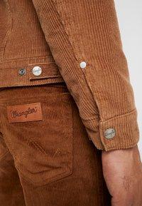 Wrangler - JACKET - Jas - russet brown - 4