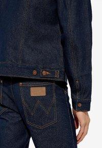 Wrangler - Denim jacket - dark blue - 4