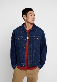 Wrangler - Jeansjacka - dark blue denim - 0