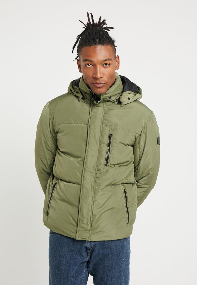 Wrangler - PROTECTOR JACKET - Winter jacket - clover green
