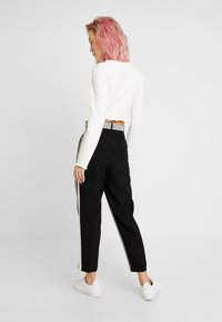 WRSTBHVR - STYLE PANTS YING - Pantalon classique - black - 2