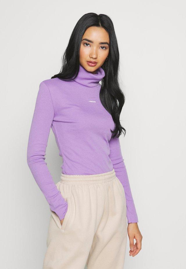 TURTELNECK LONGSLEEVE AVERY - Långärmad tröja - purple