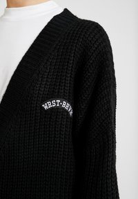 WRSTBHVR - CARDIGAN THANKS - Gilet - black - 6