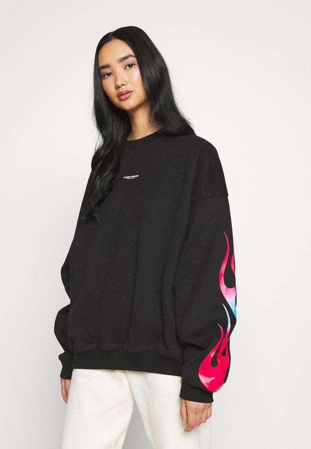 FLAMES - Sweatshirt - black