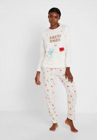 Women Secret - CACTIXMAS SET - Pyžamová sada - vanilla - 1