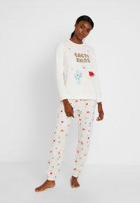 Women Secret - CACTIXMAS SET - Pyžamová sada - vanilla - 0