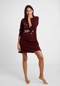 Women Secret - HOWARTS - Camicia da notte - ruby wine - 1