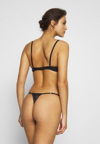 Women Secret - THONG - String - black - 2