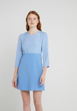 Sukienka letnia - azurblau
