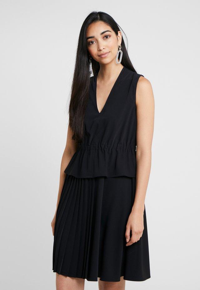 ALGEBRA - Korte jurk - schwarz