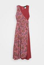 FRESIS - Denní šaty - rosa
