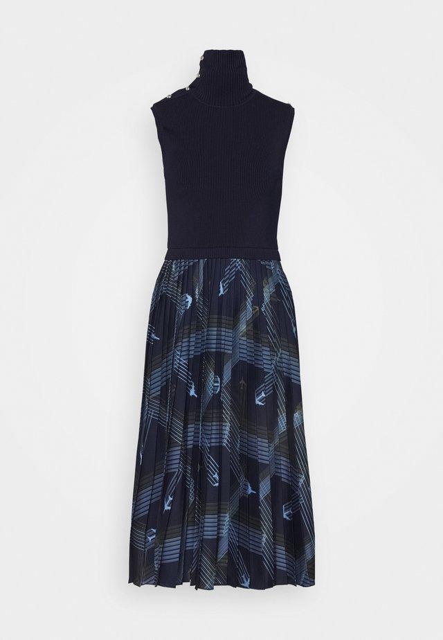 ALBIO - Sukienka dzianinowa - nachtblau