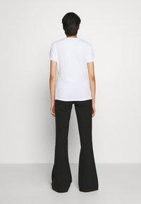 Sportmax Code - FARNESE - T-shirts med print - white - 2