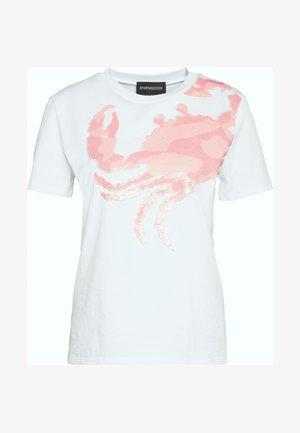 BETTY - T-shirt con stampa - white