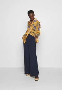 Sportmax Code - LYON - Button-down blouse - mandarine - 1