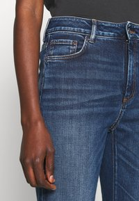 Sportmax Code - BETULLA - Flared Jeans - scurro used - 4