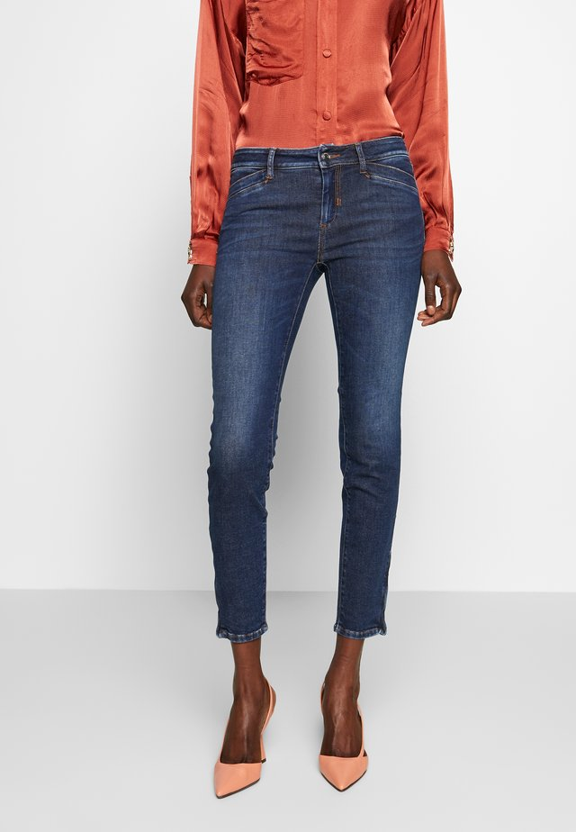 FERNET - Jeans Skinny Fit - scurro used